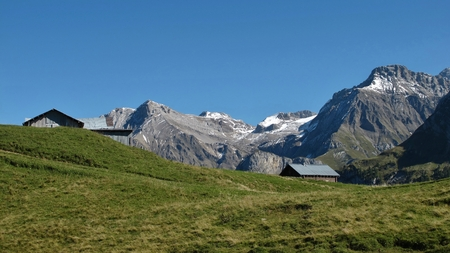 saanenland: Rural landscape near Gstaad, view from the Wispile Stock Photo