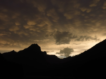 glarus: Weird clouds over mountains in the Swiss Alps