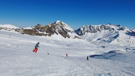 canton berne: Ski area Glacier De Diablerets, Swiss Alps