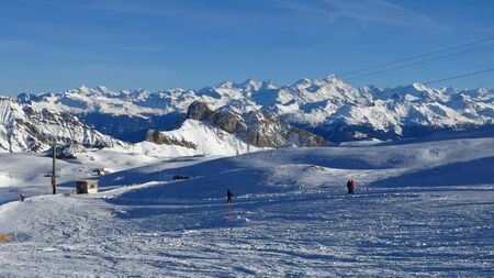 canton berne: Beautiful skiing day in the Swiss Alps Stock Photo