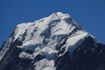 aotearoa: Peak of Mt Cook. Highest mountain of the Southern Alps, New Zealand.