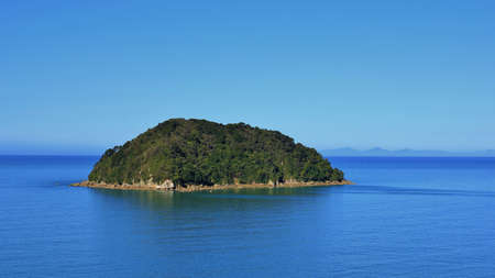 australasia: Nature background. Small island in New Zealand. Abel Tasman national Park. Stock Photo