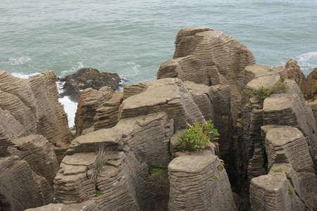 aotearoa: Rock formations in Punakaiki, New Zealand. Pancake Rocks.