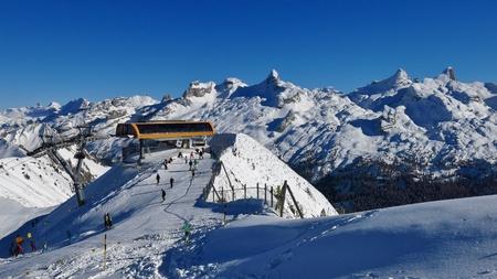 station ski: Summit station of a cable car on Mt Chlingenstock. Ski area Stoos, Swiss Alps. Winter scene.