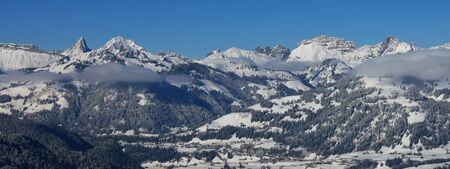 vanil: Winter landscape in the Bernese Oberland. View from Mt Wispile. Stock Photo