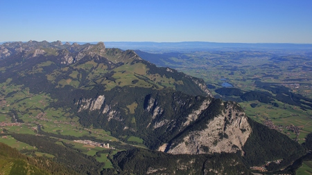 the bernese oberland: Landscape in the Bernese Oberland. Mt Stockhorn in summer. View from Mt Niesen.