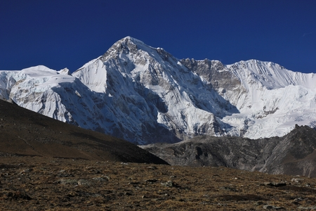 Mount Cho Oyu seen from the Gokyo valley, Nepal. Stock Photo