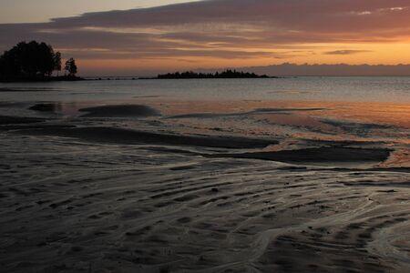 Sonnenaufgang in Vita Sannar, Schweden.
