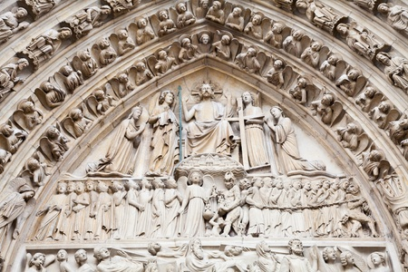 Detail of gothic Cathedral of Notre Dame in Paris Standard-Bild