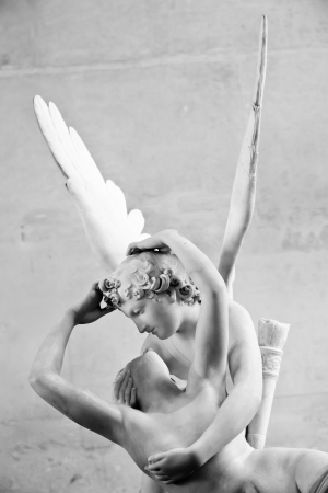 amore: Antonio Canovas statue Psyche Revived by Cupids Kiss, first commissioned in 1787, exemplifies the Neoclassical devotion to love and emotion Stock Photo