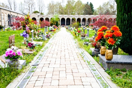 Collection of the most beautiful and moving architectures examples in European cemeteries