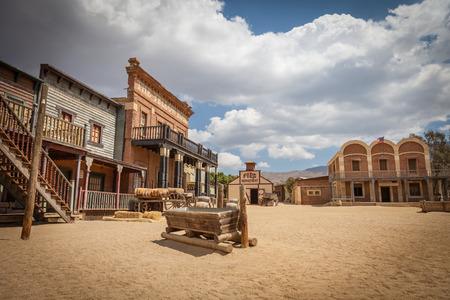 lejos: Detalle de un antiguo pueblo de Far West Foto de archivo