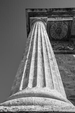 columnas romanas: Detalle en la prospectiva de columnas romanas, Italia Foto de archivo
