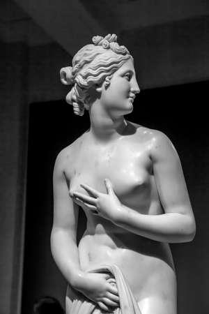 MILAN, ITALY - June 2020: Venere (Venus), 1817-1820, masterpiece of the sculptor Antonio Canova 新闻类图片