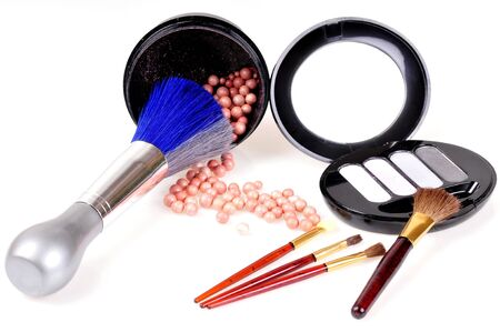 accessories to make-up