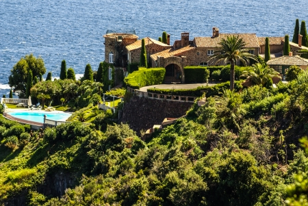 southeastern: Pretty house in Antibes  Antibes is a resort town in the Alps-Maritimes department in southeastern France between Cannes and Nice, Cote d Stock Photo