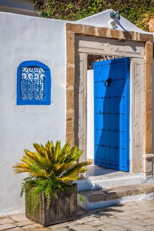 sidi bou said: An oriental entrance found in Sidi Bou Said, Tunisia
