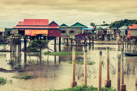 tonle sap: Homes on stilts on the floating village of Kampong Phluk, Tonle Sap lake,Siem Reap province, Cambodia Stock Photo