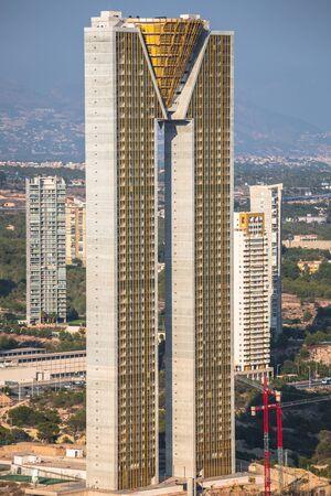 playa blanca: BENIDORM, SPAIN - SEPTEMBER 11, 2016:  The Intempo building 192-metre-high skyscraper building in Benidorm, Spain Editorial