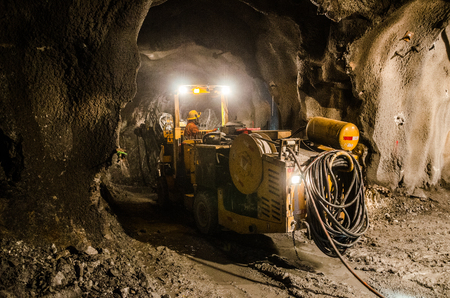 Mechanik maszyn górniczych