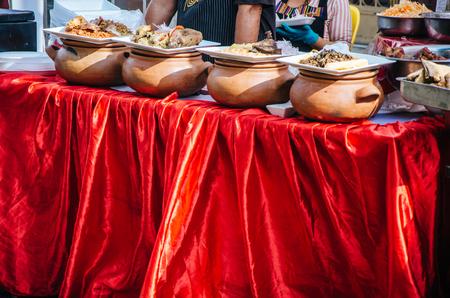 Clay pots with traditional Peruvian food Archivio Fotografico