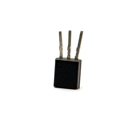 transistor: transistor enferm� dans du plastique avec 3 pistes