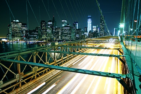hidef: Brooklyn bridge traffic at night Stock Photo