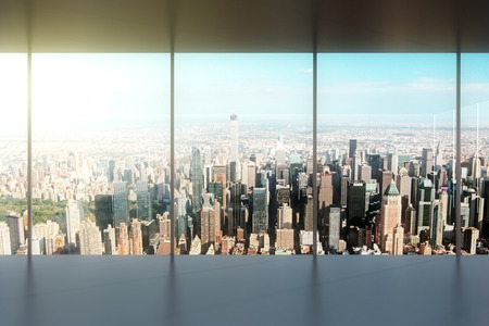 ventana abierta interior: oficina vacía moderna