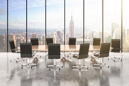ラウンド ・ テーブル、椅子、コンクリートの床、床と街の眺めで windows 会議室