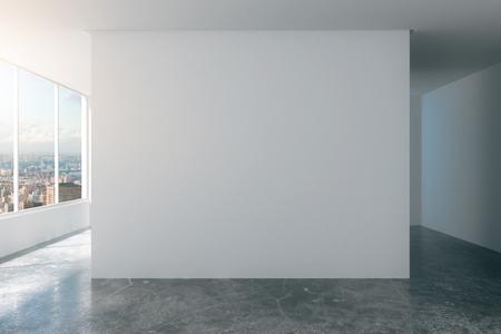 ventana abierta interior: Habitación vacía de loft con paredes blancas, vista a la ciudad y piso de concreto