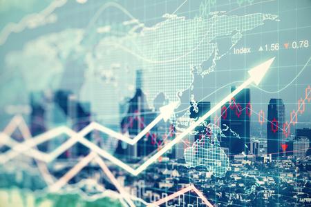fondos negocios: EXPLOSURE Doble con gráficos businesss y el distrito financiero de la ciudad megapolis
