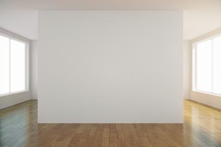 Leere hellen Raum mit leeren weißen Wand in der Mitte, Mock-up