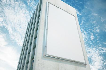 モックアップの建物の壁に大きな看板