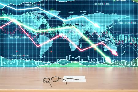 bolsa de valores: Anteojos y papel sobre la mesa de madera en el gráfico de negocios con flechas hacia abajo de fondo