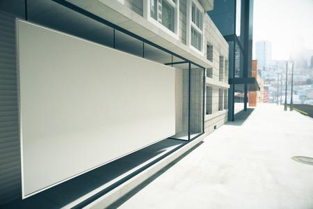 空白の白看板代わりに建物、モックアップの展示します。