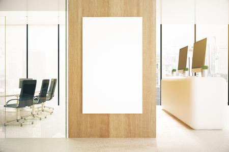 木製の壁と夏時間の空ポスターでオフィスのインテリア。モックアップ、3 D レンダリング