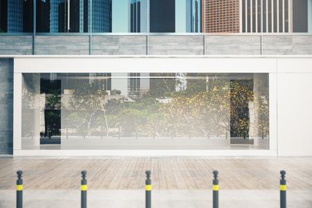 대 낮에 빈 유리 shopfront입니다. 광고 개념입니다. 모의 3D 렌더링 스톡 콘텐츠