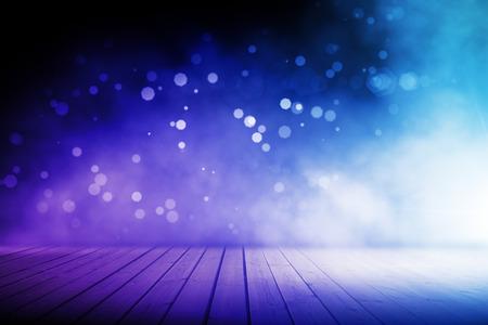 나무 바닥과 추상 모호한 블루 무대 스톡 콘텐츠 - 82612336