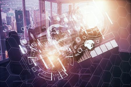 Abstract gloeiend bedrijfshologram op stadsachtergrond met zonlicht. Interface concept. Dubbele blootstelling