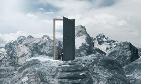 Bergstappen die tot abstracte open deur met mening over hemelachtergrond leiden. Groei concept. 3D-weergave Stockfoto