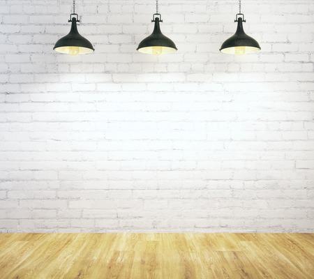 Wit baksteenbinnenland met lege muur, plafondlampen en houten vloer. Galerij concept. Bespotten, 3D-rendering
