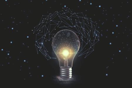 별이 빛나는 하늘 배경에 추상 빛나는 다각형. 아이디어와 브레인 스토밍 개념. 3D 렌더링 스톡 콘텐츠