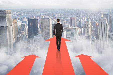 concept de réalisation de but avec le courant d & # 39 ; affaires dans la direction de la flèche vers le bas du monde. rendu 3d