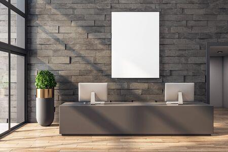 Modernes Büro-Lobby-Interieur mit Rezeption, Computern, Schatten, Blick auf die Stadt, Tageslicht und leerem Rahmen auf Steinwand. Mock-up, 3D-Rendering Standard-Bild