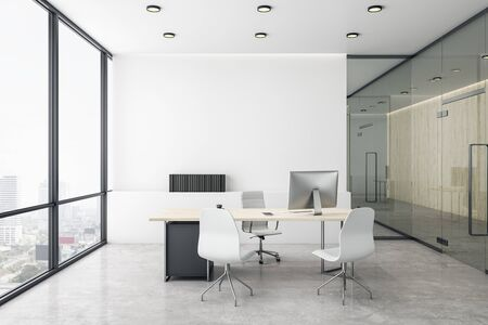 Oficina del director de lujo con piso de concreto blanco y vista a la ciudad luminosa. Representación 3D