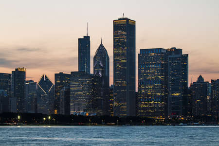 Beautiful Chicago skyscrapers at evening. architecture and building concept 免版税图像