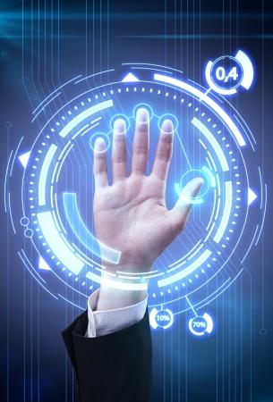스캐너 및 컴퓨터 인터페이스와 보안 또는 identification.Hand에 대한 기술 스캔 손 스톡 콘텐츠 - 10253627