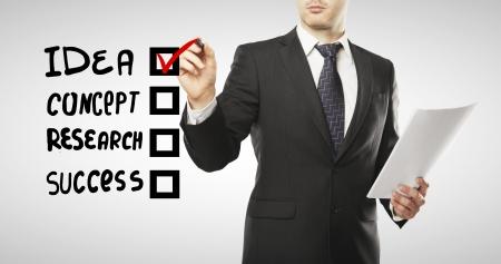 checkbox: uomo casella disegno, concetto di business