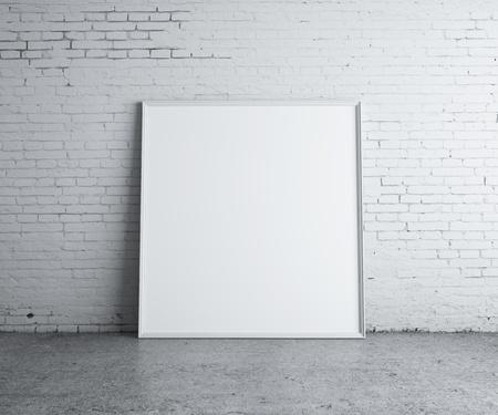 muro: foto in bianco in stanza di cemento