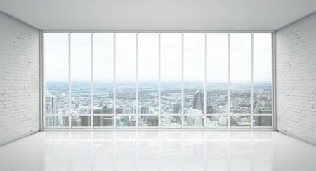 leeg bord: Gezicht op de stad van brede raam Stockfoto